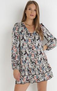 Sukienka born2be mini z dekoltem w kształcie litery v z tkaniny