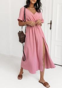 Różowa sukienka Latika z dekoltem w kształcie litery v