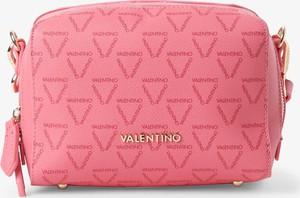 Różowa torebka Valentino na ramię
