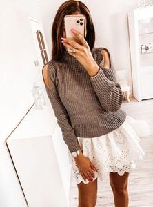Sweter Pakuten w stylu casual