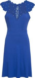Niebieska sukienka bonprix BODYFLIRT z krótkim rękawem