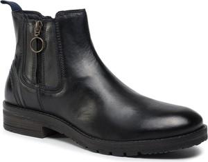 Czarne buty zimowe Wrangler na zamek