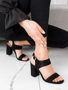 Czarne sandały Czasnabuty z zamszu z klamrami