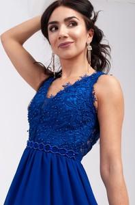 Sukienka Butik Ecru z dekoltem w kształcie litery v na ramiączkach