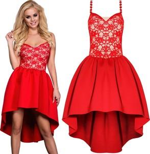 Sukienka magmac rozkloszowana w koronkowe wzory