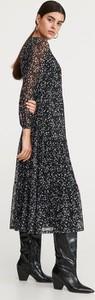 Czarna sukienka Reserved maxi oversize