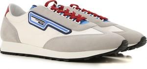Buty sportowe Prada sznurowane z zamszu w młodzieżowym stylu