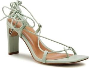 Zielone sandały DeeZee ze skóry