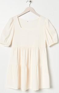Sukienka Sinsay z krótkim rękawem mini w stylu casual