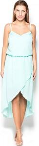 Niebieska sukienka Katrus z tkaniny na ramiączkach midi