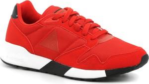 Czerwone buty sportowe Le Coq Sportif z zamszu sznurowane