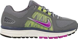Buty Nike sznurowane w sportowym stylu z płaską podeszwą
