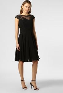 Czarna sukienka Esprit z krótkim rękawem rozkloszowana midi