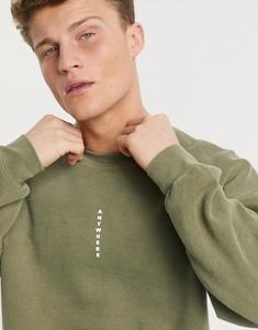 Zielona bluza topman z nadrukiem z dresówki