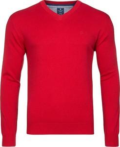 Czerwony sweter Redmond