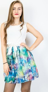 Sukienka Olika rozkloszowana mini z okrągłym dekoltem