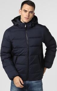 Niebieska kurtka Guess w stylu casual krótka