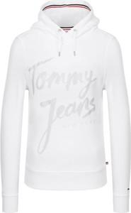 Bluza Tommy Jeans w młodzieżowym stylu krótka