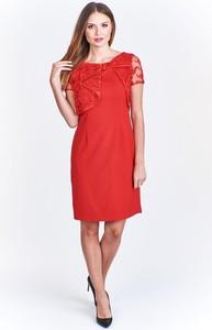 Czerwona sukienka Made In Poland trapezowa z krótkim rękawem