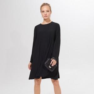 Czarna sukienka Mohito oversize z długim rękawem