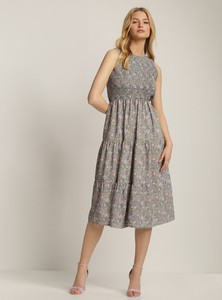 Sukienka Renee z okrągłym dekoltem bez rękawów midi