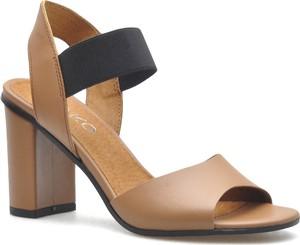 Brązowe sandały Ryłko
