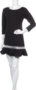 Sukienka Numinou prosta w stylu casual mini