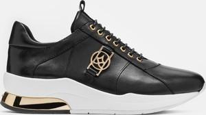 Sneakersy Kazar sznurowane