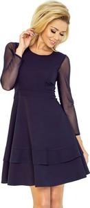 Sukienka NUMOCO z okrągłym dekoltem z długim rękawem rozkloszowana