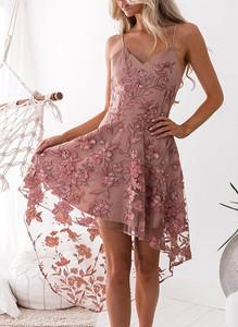 Sukienka Cikelly mini z dekoltem w kształcie litery v asymetryczna