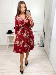 Sukienka Produkt Włoski midi