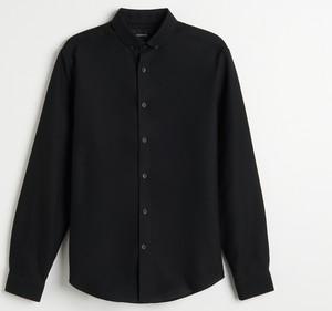 Czarna koszula Reserved z długim rękawem
