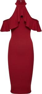 Czerwona sukienka Missguided dopasowana z krótkim rękawem midi