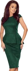 Zielona sukienka NUMOCO z okrągłym dekoltem