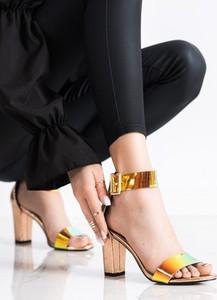 Złote sandały Czasnabuty