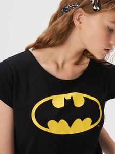Czarny t-shirt Sinsay z krótkim rękawem w młodzieżowym stylu