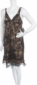 Brązowa sukienka Spider mini z dekoltem w kształcie litery v prosta