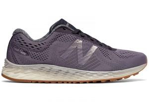 Fioletowe buty New Balance z płaską podeszwą sznurowane