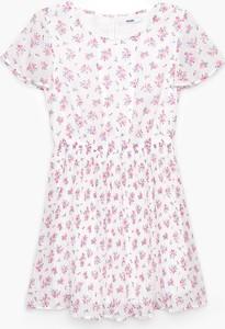Sukienka Cropp z okrągłym dekoltem z krótkim rękawem