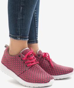 Czerwone buty sportowe Gemre.com.pl z płaską podeszwą