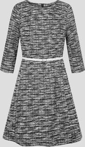 Sukienka ORSAY z okrągłym dekoltem z bawełny
