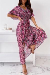 Różowa sukienka IVET w stylu boho z krótkim rękawem