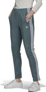 Spodnie Adidas z bawełny w sportowym stylu