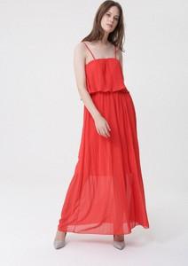 Czerwona sukienka born2be z dekoltem w karo w stylu casual maxi