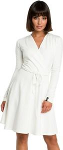 Sukienka BeWear mini z dekoltem w kształcie litery v