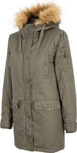 Zielona kurtka 4F w militarnym stylu