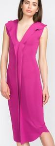 Różowa sukienka Jakub Polanka x Bibloo prosta bez rękawów