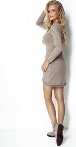 Sukienka Fimfi z wełny dopasowana