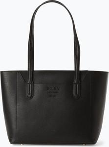 Czarna torebka DKNY na ramię ze skóry w wakacyjnym stylu