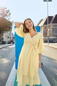 Sukienka ORSAY z tkaniny z długim rękawem z dekoltem w kształcie litery v